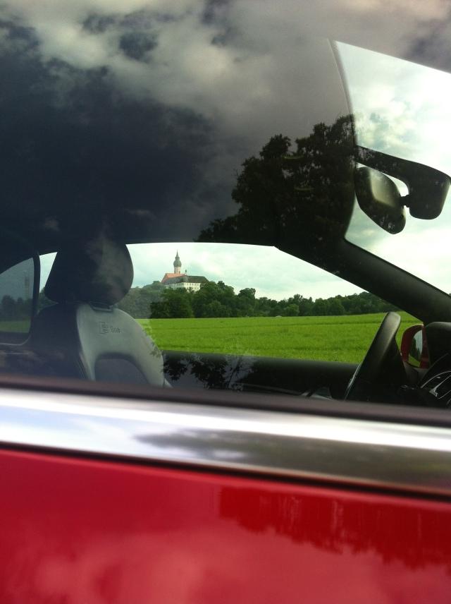 Sicht durch die Fenster des Audi A5 Cabrio
