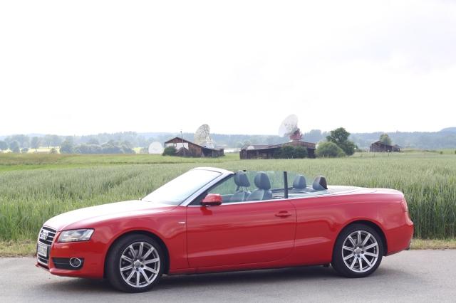 Audi A5 Cabrio an der Erdfunkstelle in Raisting